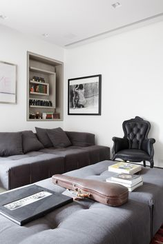 9-consuelo-jorge-designs-an-apartment-for-an-art-collector-in-sao-paulo