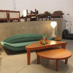 Mesa de jogos e mesas de centro em caviúna por Giuseppe Scapinelli, 1960, Brasil. | Brazilian caviuna games table and coffee tables designed by Giuseppe Scapinelli, 1960s, Brazil.