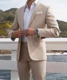 Classic combination of the beige and white Beige Suits Wedding, Wedding Dress Men, Wedding Men, Summer Wedding Suits, Beach Wedding Groom, Beach Wedding Attire, Green Wedding Shoes, Mens Fashion Suits, Mens Suits