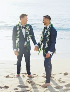 Latest Blue Groom Tuxedos 2019 Groomsmen Mens Wedding Suits Two Button Formal Prom Suit (Jacket+Pants+Bow) Lgbt Wedding, Wedding Suits, Wedding Attire, Beach Wedding Men, Formal Prom Suits, Gay Men Weddings, Groom Tuxedo, Cute Gay Couples, Photo Couple