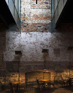 Wait Industrial Architecture, Interior Architecture, Interior And Exterior, Installation Architecture, Brick Interior, Building Architecture, Image Restaurant, Restaurant Design, Restaurant Patio