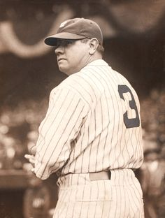 Babe Ruth - New York Yankees Baseball Star, Sports Baseball, Baseball Players, Baseball Cards, Mlb Players, Cardinals Baseball, New York Yankees, My Yankees, Equipo Milwaukee Brewers