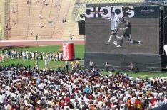 """Was soll das? """"Public Viewing"""" Fußball München. Überall heißt eine Übertragung von irgendwas auf Großleinwand nun Public Viewing."""