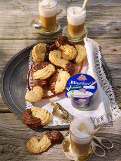 Joghurtspritzgebäck mit Bitterschokolade - laktosefrei