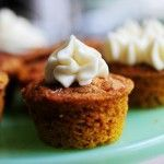 Moist Pumpkin Spice Muffins / Pioneer Woman.