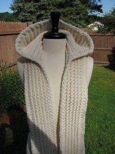 Cute Baby: Nordic Hooded Scarf #crochet