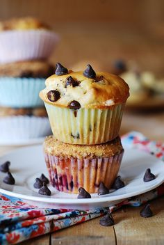 Greek yogurt chocolate chip muffins by JuliasAlbum.com, via Flickr