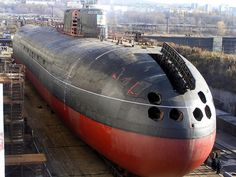 Russian Oscar-II class cruise missile submarine Omsk in dry dock [1200 900]