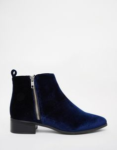Image 2 of ASOS ASTRONOMICAL Pointed Ankle Boots