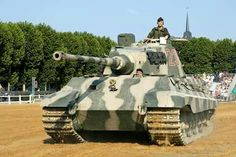 Panzer VI Ausf B Tiger II restored at the Saumur tank museum, in France. Tiger Ii, Military Photos, Military History, Saumur, Tiger Tank, Military Armor, Ww2 Photos, Tank Destroyer, Model Tanks