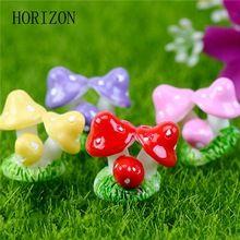 10 pçs/lote Miniaturas Mini Cogumelo De Fadas Jardim Ornamento Do Jardim Vasos de Plantas Em Miniatura Casa De Bonecas de Resina De Fadas DIY Craft(China)