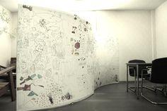 子供達に直接生地にイラストを描いてもらったfalce。