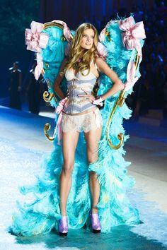 The Victoria's Secret Fashion Show 2012 - Constance Jablonski
