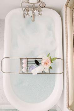 Want a relaxing bathtub right now. this one is definitely my dream bathroom decor idea Bad Inspiration, Bathroom Inspiration, Bathroom Ideas, Zebra Bathroom, Houzz Bathroom, Pink Bathrooms, 1920s Bathroom, Bling Bathroom, Disney Bathroom