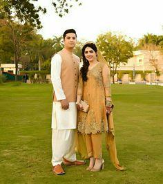 bridal jewelry for the radiant bride Bridal Mehndi Dresses, Pakistani Wedding Outfits, Bridal Dress Design, Pakistani Bridal Dresses, Pakistani Wedding Dresses, Nikkah Dress, Bridal Outfits, Simple Pakistani Dresses, Pakistani Dress Design