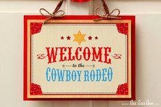 Cowboy Birthday Party - Welcome Sign Printable Design by leelaaloo.com ||  #diy #party #LeeLaaLoo
