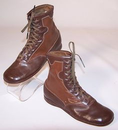 Unworn Edwardian Two Tone Brown Leather High Top Lace-up Youth Boots