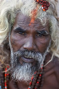 Sadhu living in India. Click on the picture above to see more of my India portraits!