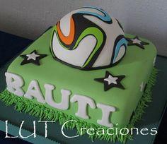 torta decorada pelota de futbol                                                                                                                                                      Más