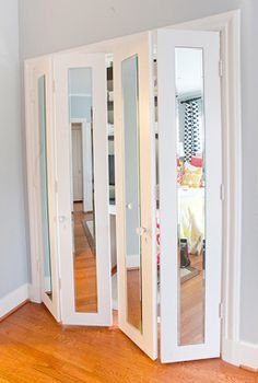 Or add unframed mirrors to folding closet doors. p Or add unframed mirrors to folding closet doors 40 DIY ideas to pimp your apartment p Folding Closet Doors, Bedroom Closet Doors, Mirror Closet Doors, Accordion Doors Closet, Mirrored Bifold Closet Doors, Bathroom Doors, Curtains On Closet Doors, Mirror On Door, Mirrored Wardrobe Doors