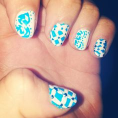 #nailart #flower #stripes