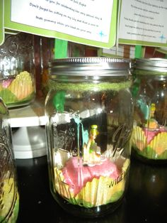 Tinkerbell in a  Mason Jar~ craft for party