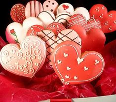 [Valentine_Iced_Cookies-2.jpg]