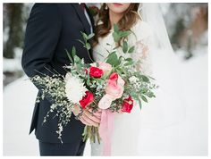 Red and pink bouquet | Brooke Bakken | Winter Bridals | Utah Photographer