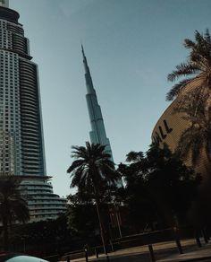 Dubai Linda Tol, Burj Khalifa, Vacation Trips, Dubai, Building, Travel, Instagram, Viajes, Buildings