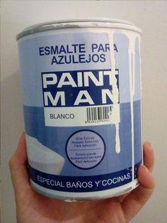 Todo lo que necesitas saber si estás pensando en pintar los azulejos de tu baño o cocina: diferentes tipos de pintura para azulejos, precios, trucos, etc.