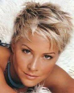 Op zoek naar een blond, kort kapsel met highlights ? Bekijk deze 11 prachtige kapsels eens!