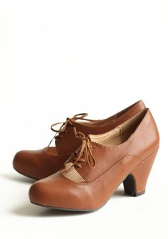 Tyra Cognac Oxford Pumps By Chelsea Crew | Modern Vintage Shoes