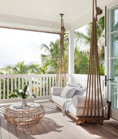 40 Modern Porch Decoraztion Ideas - Many new homes these days are designed with the contemporary style. A contemporary styled porch is usually created using simple clean lines with a bit. Best White Paint, White Paint Colors, Backyard Hammock, Hammock Swing, Wood Swing, Sweet Home, Home Interior, Bed Design, Interiores Design