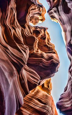 The Stunning Lower Antelope Canyon , Arizona. - Descend into the canyon down a metal staircase, squeeze between narrow cracks, and climb more ladders as you go! Arches Nationalpark, Yellowstone Nationalpark, Beautiful World, Beautiful Places, Beautiful Pictures, Asymmetrical Balance, Lower Antelope Canyon, Amazing Nature, Land Art