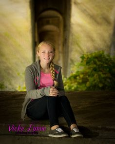 Vicke Lynne Photography is a family portrait and children's photographer located in Townsend, Delaware. Severing the New Castle and Kent County area.