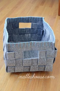 Nalle's House: Mini Mudroom - Baskets (No DIY included but pretty easy to make after some maths!)