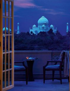 We provide unique Taj mahal Moon Light Tour from new delhi. It's A Amazing trip for Taj Mahal Night View you can book this tour with Taj Universal Trip in your budget. Places Around The World, Oh The Places You'll Go, Places To Travel, Places To Visit, Around The Worlds, Taj Mahal India, India India, Delhi India, Amazing India