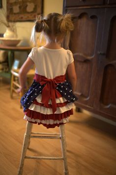 Independence Day - Girls Bustle Dress [Sewing] (I absolutely LOVE this! My girls and nieces would look SO cute in these!-CGT) Amanda, for when we learn how to sew !