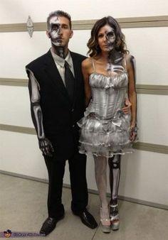 #Couple of Skeletons | Diy #Halloween #Costume Ideas ; This One Tho ! #ThumbsUp