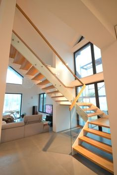 Schody nowoczesne 68 - producent schodów drewnianych Schodo-System Stairs, Interiors, Home Decor, Living Room, Stairway, Decoration Home, Staircases, Room Decor, Ladders