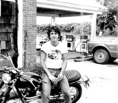 Young Bruce Springsteen and Triumph