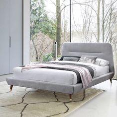 Decor luminos.  #mobexpert #paturitapitate #dormitor #reduceri #mobilierdormitor Minimalism, Lounge, Couch, Bed, Modern, Furniture, Design, Home Decor, Chair