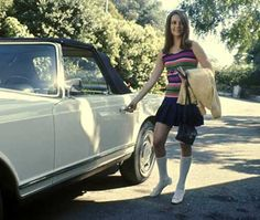 Natalie Wood and her 1967 Mercedes Benz 230SL