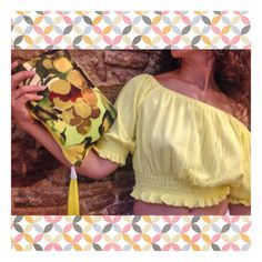 Cropped top - crop top - yellow crop top - shopping barcelona - summer trends - summer fashion - handbag - minionnyellow- raval - sant antoni - outfit - ootd - de compras - look of the day - look natural - summer outfit