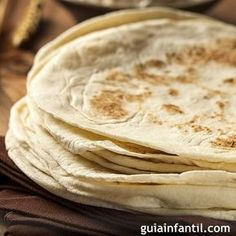 Is tortilla high in calories? Nutrition and sugar are also introduced Tortillas Wraps, Bread Recipes, Chicken Recipes, Recipe Chicken, Chicken Ideas, Breakfast Crockpot Recipes, Dinner Recipes, Tacos And Burritos, Low Carb Peanut Butter