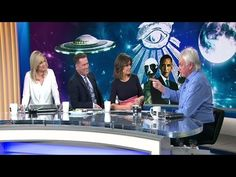 David Icke clashes with TODAY Show hosts over aliens and the moon - YouTube