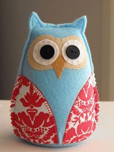 Búho de fieltro alfiletero. Owl Pincushion.