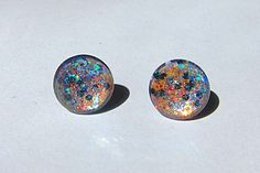 12mm irridecent gray periwinkle glass post by TheGlitorisShop, $6.00