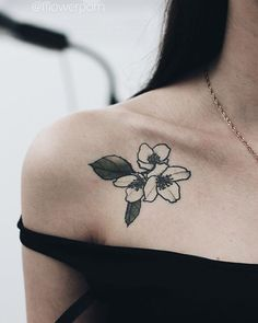 Dogwood flower tattoo | Olga Nekrasova Dogwood Flower Tattoos, Dogwood Flowers, Mini Tattoos, Cute Tattoos, Tatoos, Virginia Tattoo, Hip Piercings, Henna Ink, Bee Tattoo
