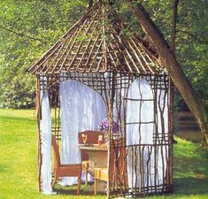 Summer decorating with mosquito net is not just functional, but very attractive and romantic. Garden pergolas and gazebo designs look beautiful with white or colorful mosquito net curtains. Lushome shares great summer decorating ideas that improve pergola and gazebo designs with mosquito nets and he